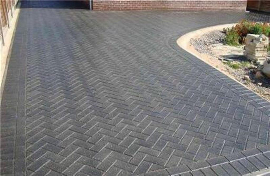 Block Paving on Driveway and Garden Areas